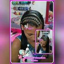 Resultado de imagen para peinados infantiles Cat Ears, In Ear Headphones, Personal Care, Beauty, Ideas Para, Braided Updo, Party Hairstyles, Child Hairstyles, Hair