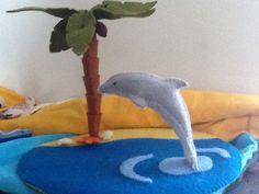Dolfijn op een tropische eiland