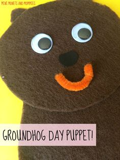 Groundhog Day puppet craft for kids! Holiday art activity. Winter Activities For Kids, Art Activities, Crafts For Kids, Craft Kids, Preschool Groundhog, Groundhog Day, Preschool Themes, Toddler Preschool, Puppet Crafts