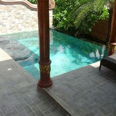 Infinity plunge pool
