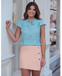 As Cores do Ano- Rose Quartz e Serenity Fashion Moda, Work Fashion, Womens Fashion, Estilo Girlie, Cool Outfits, Casual Outfits, Conservative Fashion, Blouse And Skirt, Blouse Styles