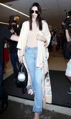 kendall-jenner-airport-style-lax-in-los-angeles-october-2015_1.jpg (1280×2131)