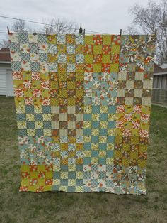 16 Patch Quilt, Quilt Blocks, Jellyroll Quilts, Easy Quilts, Quilting Ideas, Quilt Patterns, Postage Stamp Quilt, Picnic Quilt, Yellow Quilts
