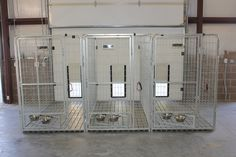"""inside leading to the outside kennel """"pro series"""" inline dog runs with swivel. inside leading to the outside kennel """"pro series"""" inline dog runs with swivel bowls K9 Kennels, Dog Kennels For Sale, Dog Boarding Kennels, Dog Kennel Designs, Kennel Ideas, Outside Dogs, Dog Kennel Cover, Dog Hotel, Dog Cages"""