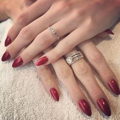 #acrylic #acrylnagels #acrylicnails #prohesion #gellak #gelpolish #gelish #beautifulred #beauty #red #nailtech #nailsalon #nagelstudio #lilak #groningen - Sat Apr 30 2016 12:26:42 GMT+0200 (CEST)