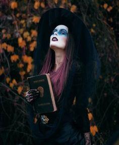 halloweenkostüm-ideen-schminke-Walpurgisnacht-Karnevalspartys-Fasching