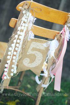 AGE or INITIAL BIRTHDAY banner burlap & lace por CMhandmade en Etsy