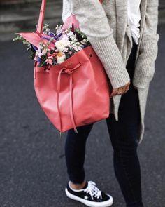 See Want Shop Blogger Lisa Hamilton | Pink personalised hand bag |