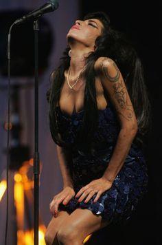 #Amy_Winehouse #Winehouse read here http://www.johanpersyn.com/lang/english/?s=amy