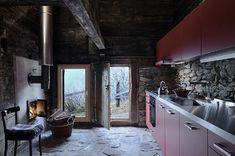 Küche mit neuer Küchenzeile