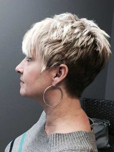 Short Blonde Pixie - Pixie Haircuts for Thick Hair – 50 Ideas of Ideal Short Haircuts - The Trending Hairstyle Popular Short Hairstyles, Girls Short Haircuts, Haircuts For Curly Hair, Haircut For Thick Hair, Pixie Hairstyles, Short Hairstyles For Women, Curly Hair Styles, Hairstyles 2018, Blonde Pixie
