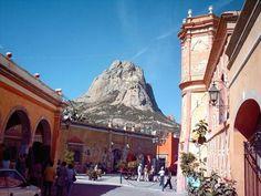 Peña de Bernal,  Qro.  México