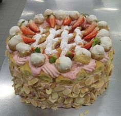 A cake made in my Tafe class.