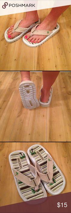 Used Sandals Sketchers Flip Flop Sandals 7.5 Skechers Shoes Sandals