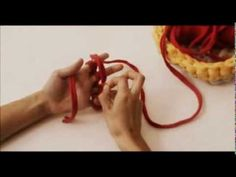 ▶ 1 Ganchillo con los dedos, Häkeln mit den Fingern - YouTube Gold Rings, Crochet, Creative, Youtube, Trapillo, Fingers, Crocheting, Dots, Crafts