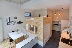 Wohnung in Berlin, Deutschland. Das Apartment befindet sich in dem wunderschönen Samariterkiez im Herzen von Berlin.  In unserem kleinen Paradies erwartet euch auf 40m2 modernes Design und eine hochwertige Ausstattung.Unser Wunsch ist es, dass ihr euch wie Zuhause fühlt in mitte...