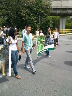 COLOMBIA: AnimaNaturalis presente en la marcha contra el maltrato animal en Medellín