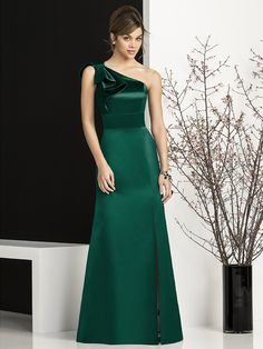 Look Fresh and Beautiful with Green Bridesmaid Dresses : Satin Emerald Green Bridesmaid Dress With One Shoulder