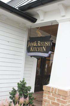 A Foodie Tour Of Kitchen Kettle Village