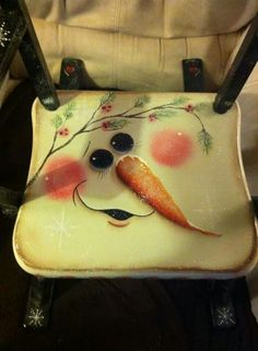 Snowman chair - pic only. Christmas Chair, Primitive Christmas, Christmas Snowman, Snowman Crafts, Christmas Projects, Holiday Crafts, Christmas Paintings, Snowmen Paintings, Painted Chairs