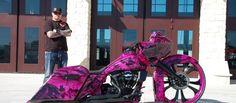 ///harley : road glide : pink : black i want this! Pink Motorcycle, Bagger Motorcycle, Motorcycle Garage, Motos Harley Davidson, Harley Davidson Street Glide, Custom Choppers, Custom Bikes, Custom Baggers, Road Glide Special