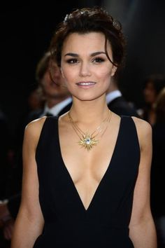 Oscars beauty awards - Samantha Barks, that's quite a cleavage