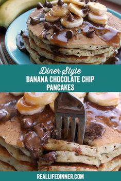 Easiest, tastiest way to make your family feel extra special. These Diner Style Banana Chocolate Chip pancakes couldn Healthy Breakfast Dishes, Breakfast Ideas, Brunch Recipes, Dessert Recipes, Banana Chocolate Chip Pancakes, Delicious Desserts, Yummy Food, Dessert Drinks, Comfort Foods