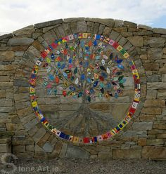 Stone Art Blog: The Family Tree Mosaic (What a fantastic project!!!  Be sure to look at the closeup photos!)