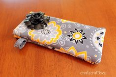 Free Glasses Case Sewing Tutorial by Create Craft Love