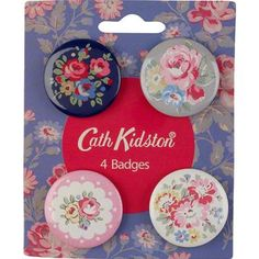 Add a bit of Cath Kidston to your look with these unique badges featuring a selection of our favourite prints.  Try pinning one to our cotton messenger bags for a cute customised look.