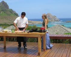 http://gshow.globo.com/programas/estrelas/videos/t/programas/v/thiago-castanho-prepara-peixe-assado-ebacuri/3884942/ Thiago Castanho prepara peixe assado e bacuri