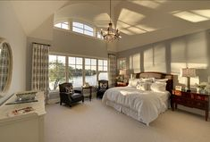 The decor is kind of a drag, but this lake view is perfect Master Bedroom Design, Home Bedroom, Master Suite, Bedroom Interiors, Master Bedrooms, Bedroom Ideas, Beautiful Bedrooms, Beautiful Interiors, Custom Home Builders