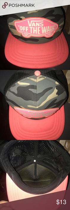 8fa6d899dba9c6 Vans trucker hat Hot pink and camo vans trucker hat. In great condition  only worn a couple times Vans Accessories Hats