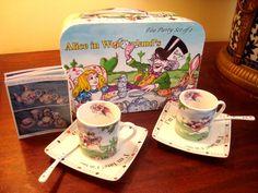 New ALICE IN WONDERLAND by PAUL CARDEW TEA PARTY SET of 2 NIB Very Collectible!  #CardewPaulDesignsNAInc