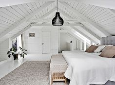 Attic Master Bedroom, Attic Bedroom Designs, Attic Bedrooms, Attic Design, Upstairs Bedroom, Bedroom Loft, Dream Bedroom, Home Bedroom, Attic Renovation