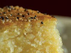 Burmese Semolina Cake (Shwegyi Sanu Makin) gotta learn my mom's way of making this...