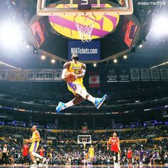 Lebron James Lakers, Lakers Kobe Bryant, Lebron James Dunk, Lebron James Wallpapers, Nba Wallpapers, Boston Celtics Wallpaper, Lakers Wallpaper, Mvp Basketball, College Basketball