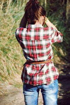 belted flannel & boyfriend jeans