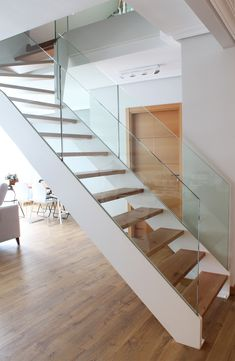 House Staircase, Staircase Railings, Modern Staircase, Staircase Design, Stairs, Boat Interior, Interior Design, Floating Staircase, Entrance Ways