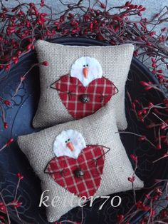 Two Primitive Christmas Valentine Burlap Snowman Pillow Ornies Bowl Fillers by keiter70 on Etsy https://www.etsy.com/listing/211234976/two-primitive-christmas-valentine-burlap