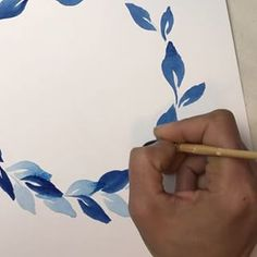 2 easy ways to paint watercolor leaves. Painting wreath is a fun & great exercise to master this skill. Tools : - Raphael brush no.6 - Isabey petit gris brushes no. 3/4 & 1. - Aquarelle French Artists Watercolor, Winsor&Newton Cotman Watercolours, Winsor&Newton Professional Watercolour. - Canson XL cold press watercolor paper 300gsm. #ditutsketchbook #watercolor