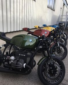 BMW R cafe racer custom - Ride Free. R Cafe, Cafe Bike, Cafe Racer Bikes, Cafe Racer Motorcycle, Motorcycle Helmet, Motorcycle Design, Retro Bikes, Bike Bmw, Bmw Motorcycles
