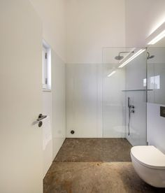 Gallery of Guesthouse in Lisbon / Pedro Domingos Arquitectos - 31