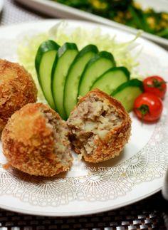 Korokke, Japanese Potato Croquette コロッケ // Japanese Ground Beef and Potato Croquettes