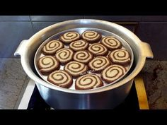 Pinwheel biscuits/cookies recipe without oven in curry cooker or pot without using oven which is very easy to make and is exactly like bakery style pinwheel . Delicious Cake Recipes, Sweets Recipes, Yummy Cakes, Baking Recipes, Snack Recipes, Tasty Snacks, Khari Biscuit Recipe, Homemade Biscuits Recipe, Cooker Cake