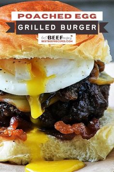 This Poached Egg Burger Recipe is the burger dreams are made of! Topped with caramelized onions, smoky Gruyere cheese, and a golden runny egg, it is one of the best burger recipes you will ever bite into. 🍔 #Bestbeefrecipes #easyrecipes #dinners #burgers #burgerrecipes #burger #grilling via @bestbeefrecipes Best Beef Recipes, Burger Recipes, Grilling Recipes, Burgers On The Stove, Burger Side Dishes, Egg Burger, Caramelized Onions Recipe, Beef Appetizers, Breakfast Burger