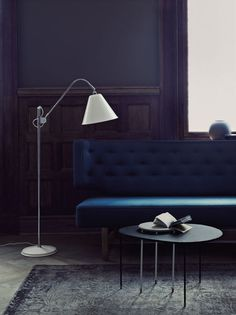 GUBI | Bestlite BL3 floor lamp original shade and Kangourou table