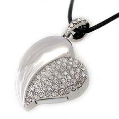 Pen drive coração prateado tipo jóia