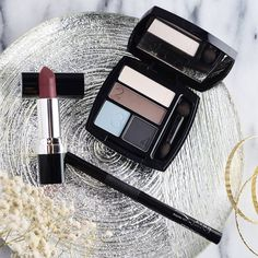 Essentials for putting your best face forward! True Color Matte Eyeshadow Quad in Smoke and Fog and Perfectly Matte in Superb Wine. #BeautyBoss #BossLife #ILoveAvon www.youravon.com/tbeasley