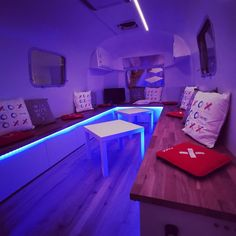 Airstream Mobile Lounge by Tom's Vintage Trailers at SEOkomm Salzburg #event #roadshow #eventtrailer #promotion #marketing Promotion Marketing, Vintage Trailers, Salzburg, Airstream, Lounge, Events, Vintage Campers Trailers, Airport Lounge, Drawing Rooms